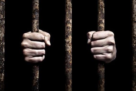 العائدون من السجون