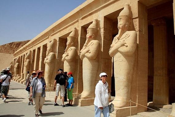 50% ارتفاع في نسبة السياح الوافدين إلى مصر