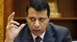 """ماذا يفعل """"دحلان"""" في القاهرة؟"""