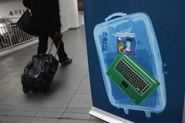 حظر الأجهزة الإلكترونية