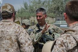 قائد القوات الأميركية بالعراق، الجنرال ستيف تاونسند