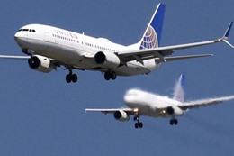 10 آلاف دولار لمن يتخلى عن مكان حجزه في طائرة أمريكية