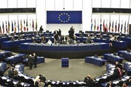 زعماء الاتحاد الأوروبي يبحثون خروج بريطانيا