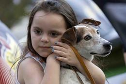 الحيوانات الأليفة قد تحمى الطفل من السمنة