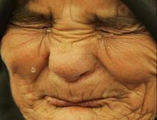 أزهرى: يجوز وضع الوالدين بدار المسنين
