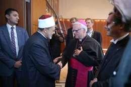 شيخ الأزهر: يجب آن تتحد أجراس الكنيسة مع أذان المساجد