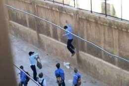 هروب طالب بامتحان الاستاتيكا ببني سويف