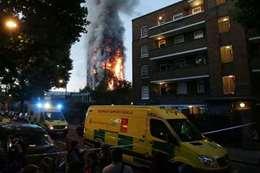 إخلاء خمسة مباني في لندن من السكان
