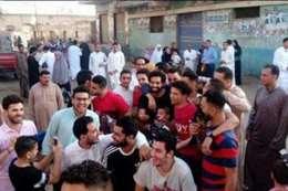 بالصور.. محمد صلاح يحتفل بالعيد وسط أهل قريته فى بسيون