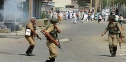 الهند تعتقل 1000 متظاهر في كشمير