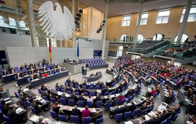 البرلمان الألماني يصوت بإبادة تركيا للأرمن
