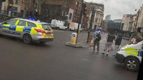 الشرطة البريطانية تخلى أكثر شوارع لندن ازدحاما