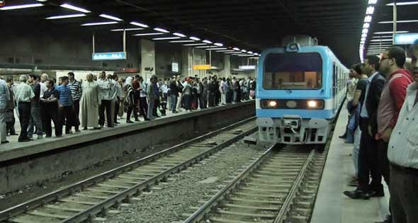"""اختفاء الأغاني الوطنية بـ""""مترو الأنفاق"""""""