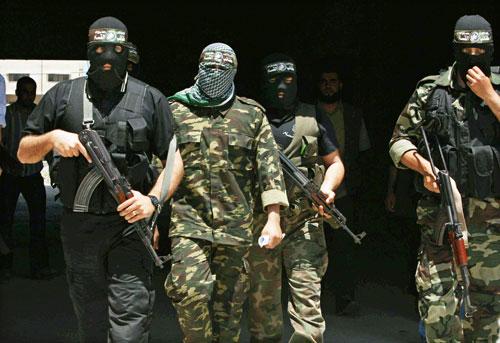 """""""القسام"""": لن نضع السلاح حتى تنفيذ مطالبنا"""