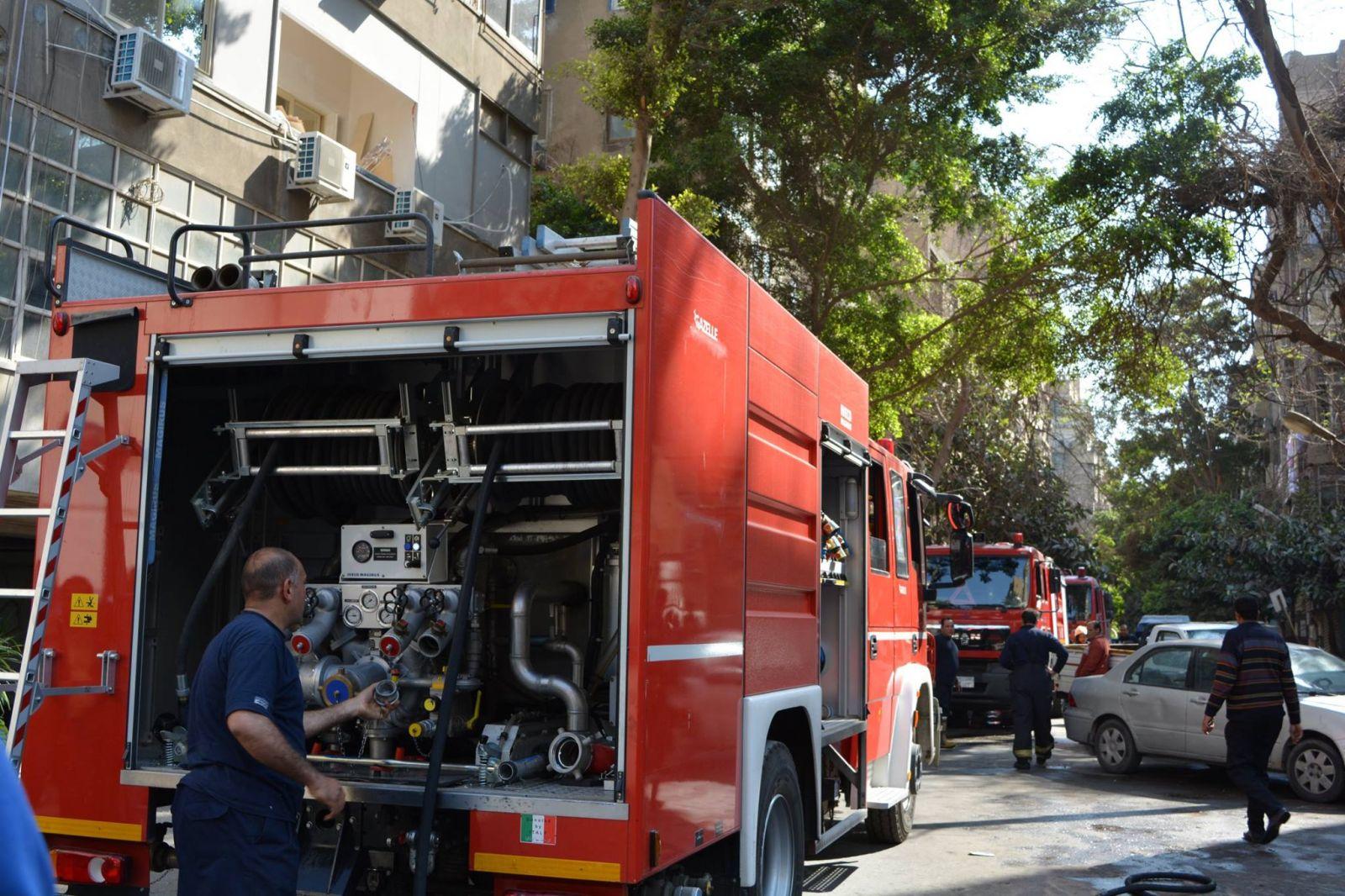 الحماية المدنية تسيطر على حريق بالزمالك دون إصابات