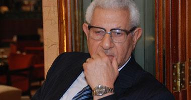 مكرم محمد أحمد يتراجع عن تصريحاته المثيرة للجدل