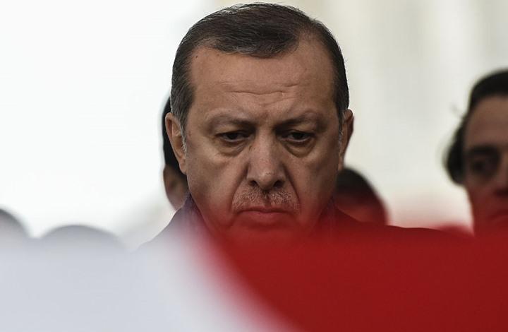 ماذا فعل أردوغان مع مرافقه الذي دُهس؟