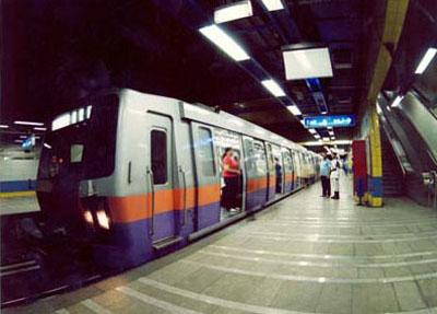 مترو الانفاق ينفي نشوب حريق بقطار في محطة جمال عبد الناصر