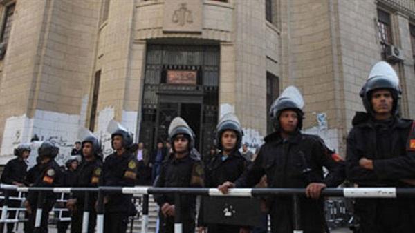 """تشديدات أمنية بمحيط دار القضاء قبيل نقض """"مذبحة بورسعيد"""""""