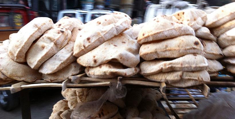 """""""مرشد"""" يحذر الحكومة من زيادة سعر رغيف الخبز"""