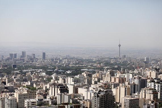 صورة أكاديمي كويتي يفجر مفاجأة حول من وراء اغتيال طهران