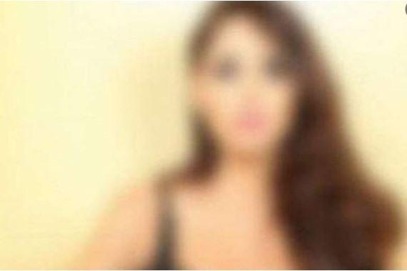 صورة الشرطة تلقي القبض على فنانة شهيرة خلال حفل خطوبتها على خليجي(صور)