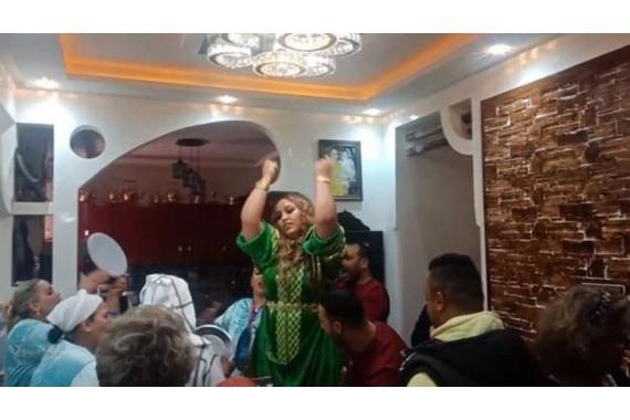 صورة تعليق مفاجيء من فنانة شهيرة بعد القبض عليها في فرحها