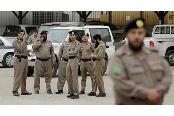 صورة عاجل| استشهاد فردي أمن وإصابة ثالث في السعودية