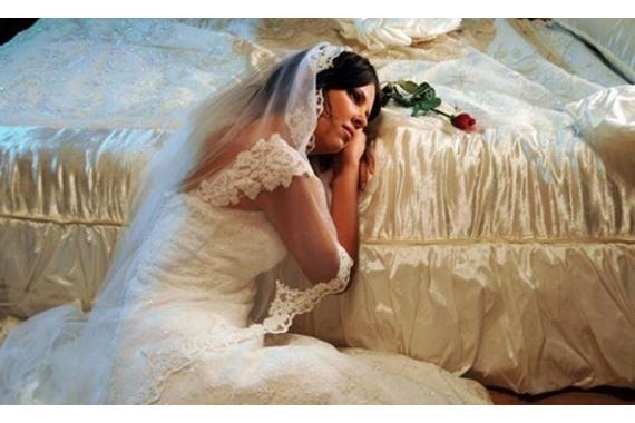 صورة السبب صادم..عروس تطلب الطلاق بعد 30 دقيقة في ليلة الدُخلة