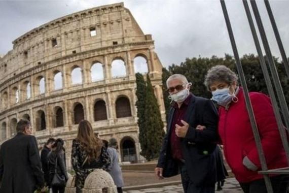 صورة ارتفاع كبير في إصابات كورونا بإيطاليا