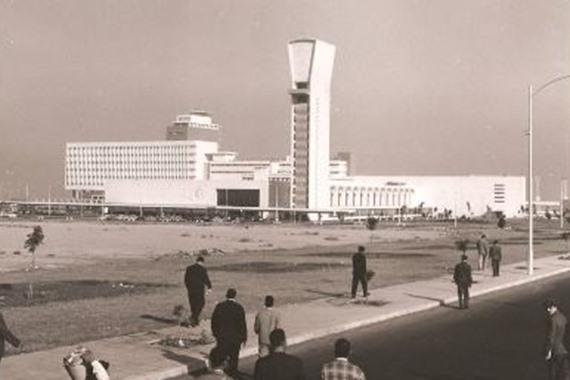 افتتاح مطار القاهرة الدولي