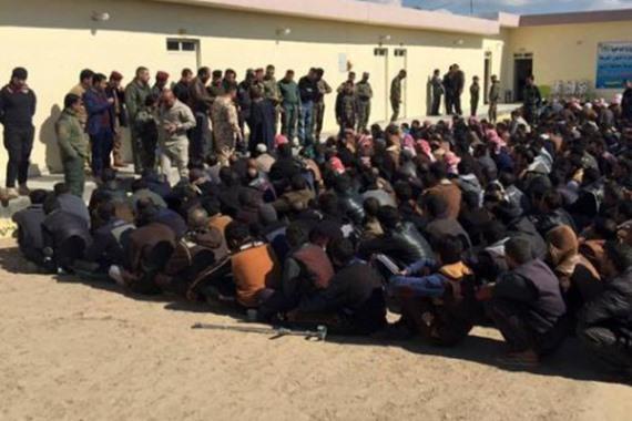 إطلاق سراح 500 معتقل من سجون الأسد