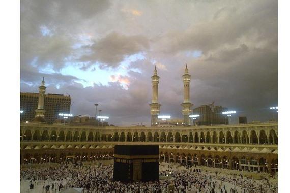 صورة تعرف علي حالة الطقس في مكة المكرمة والمدينة المنورة