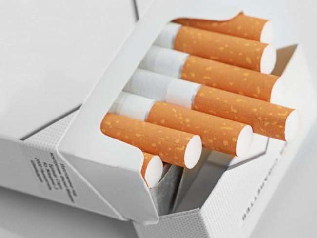 40 قرشاً على كل علبة سجائر لصالح التأمين الصحى