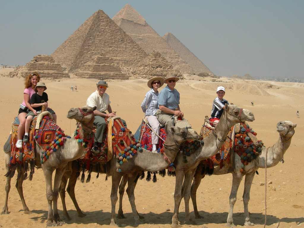 تراجع عدد سياح مصر بنسبة 60%