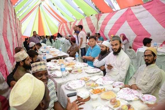 مائدة رمضانية