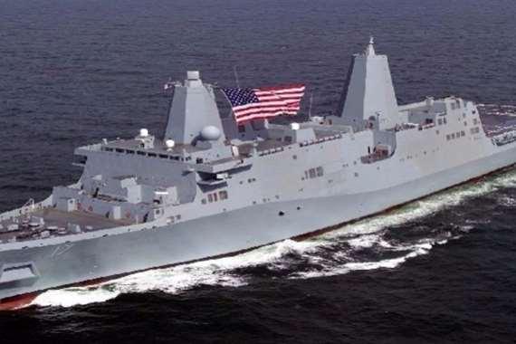 سفينتان حربيتان أمريكيتان تصلان إلى قطر