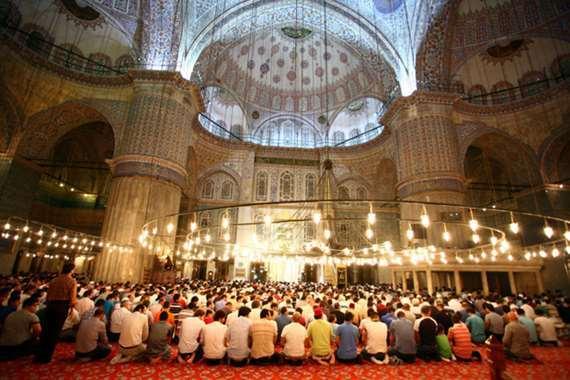 رمضان يتسبب في إسلام مواطنة أوكرانية بتركيا