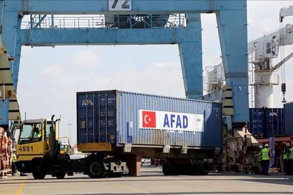 غزة تستقبل 3 شحنات مساعدات تركية