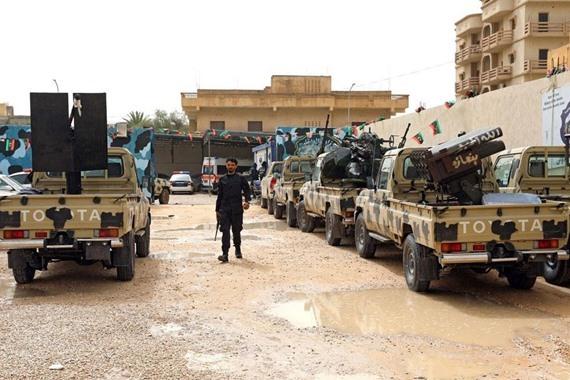 صورة عادل خطاب : الميليشيات تستمر في أعمالها العدائية