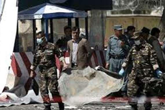 مقتل 4 أشخاص في انفجار قنبلة غربي باكستان