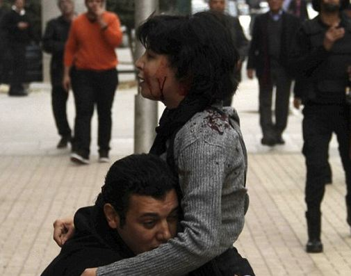 إعادة محاكمة الضابط قاتل شيماء الصباغ