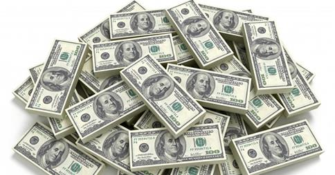 إحباط تهريب اسطمبة لطباعة الدولارات بمطار القاهرة
