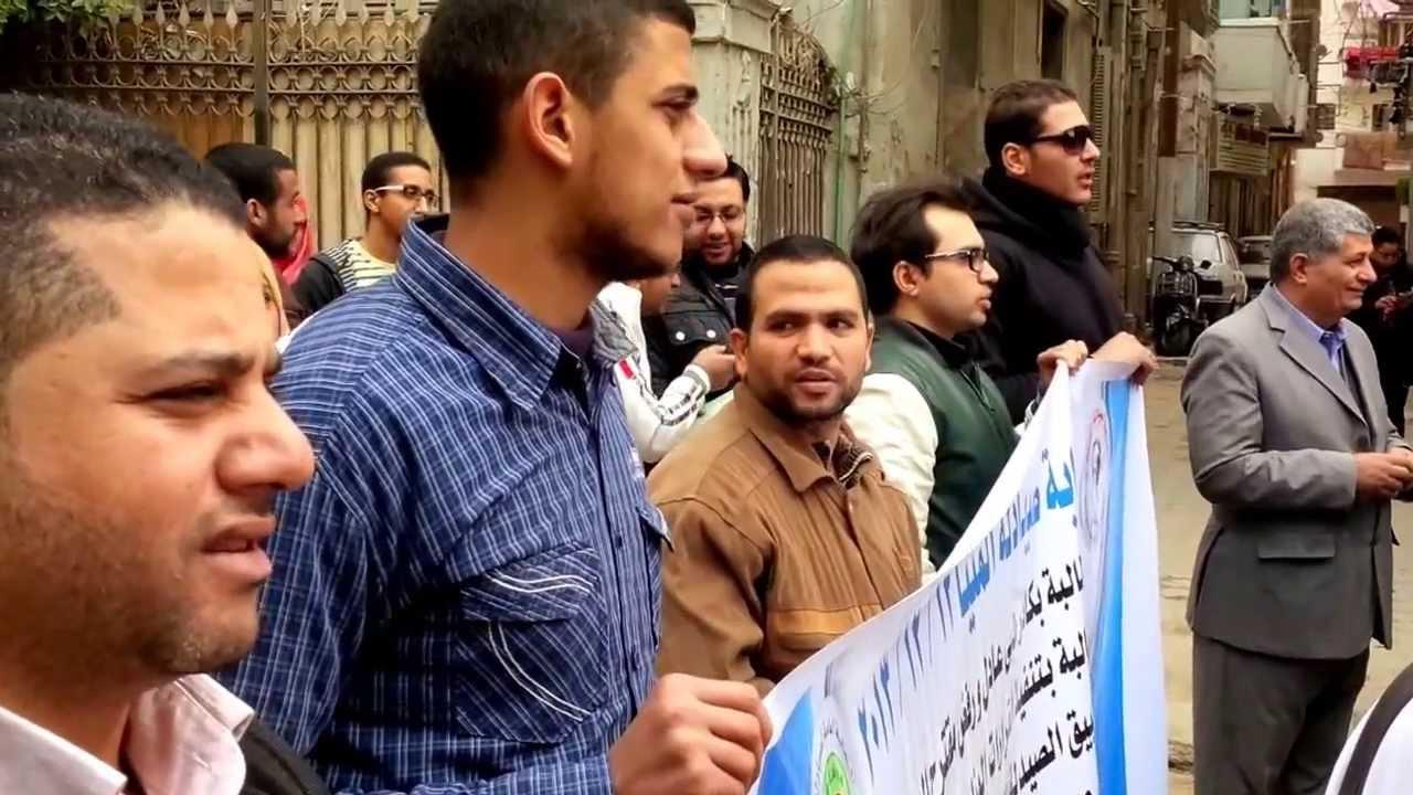«الصيادلة» تتحدى البرلمان وتهدد بالاستمرار في الإضراب