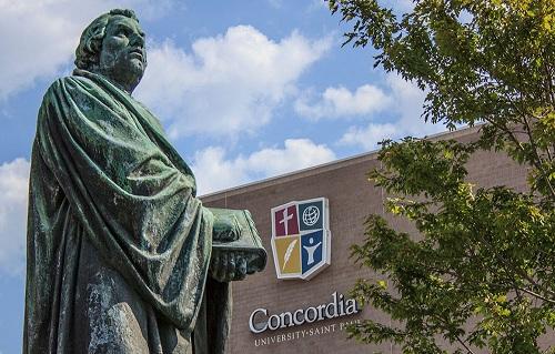 إخلاء جامعة في كندا بعد تهديد طلاب مسلمين