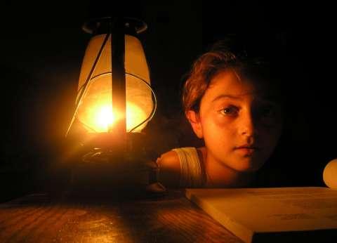 عودة جزئية للكهرباء بعد انقطاع 3 أيام عن الشيخ زويد ورفح