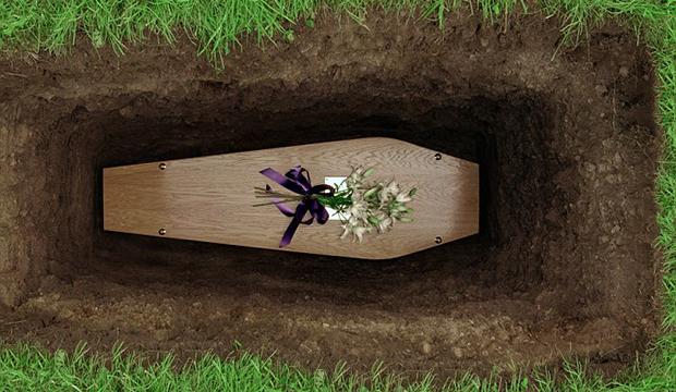 ساحرات يخرجن من القبر.. أغيثوني!