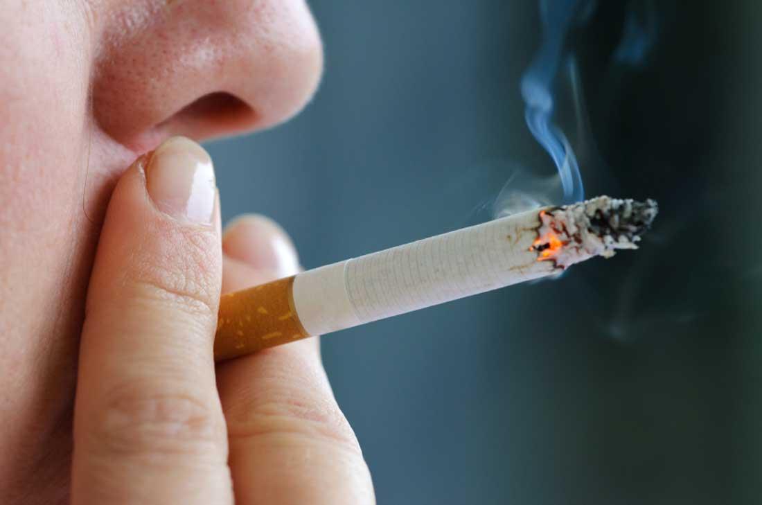 عقوبات مقترحة للجزائريين المدخنين بالأماكن العامة