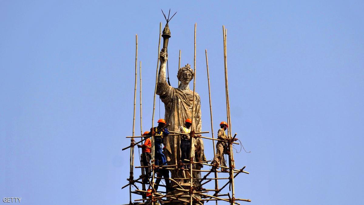تمثال ضخم يثير جدلا في الهند